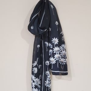 Vintage Daisy and Dragonfly Scarf